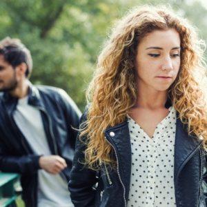 Relatiile toxice din viata noastra – cum le recunoastem si cum le abordam