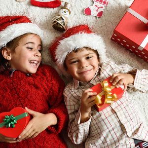 Cum daruim cadouri cu sens copiilor nostri